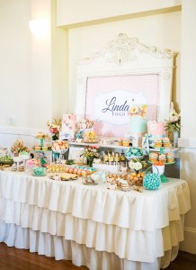 Source: http://blog.hwtm.com/2013/03/vintage-floralhigh-tea-bridal-shower/