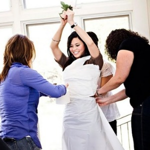 Source: http://www.greenweddingconsortium.com/category/bridal-shower-games/